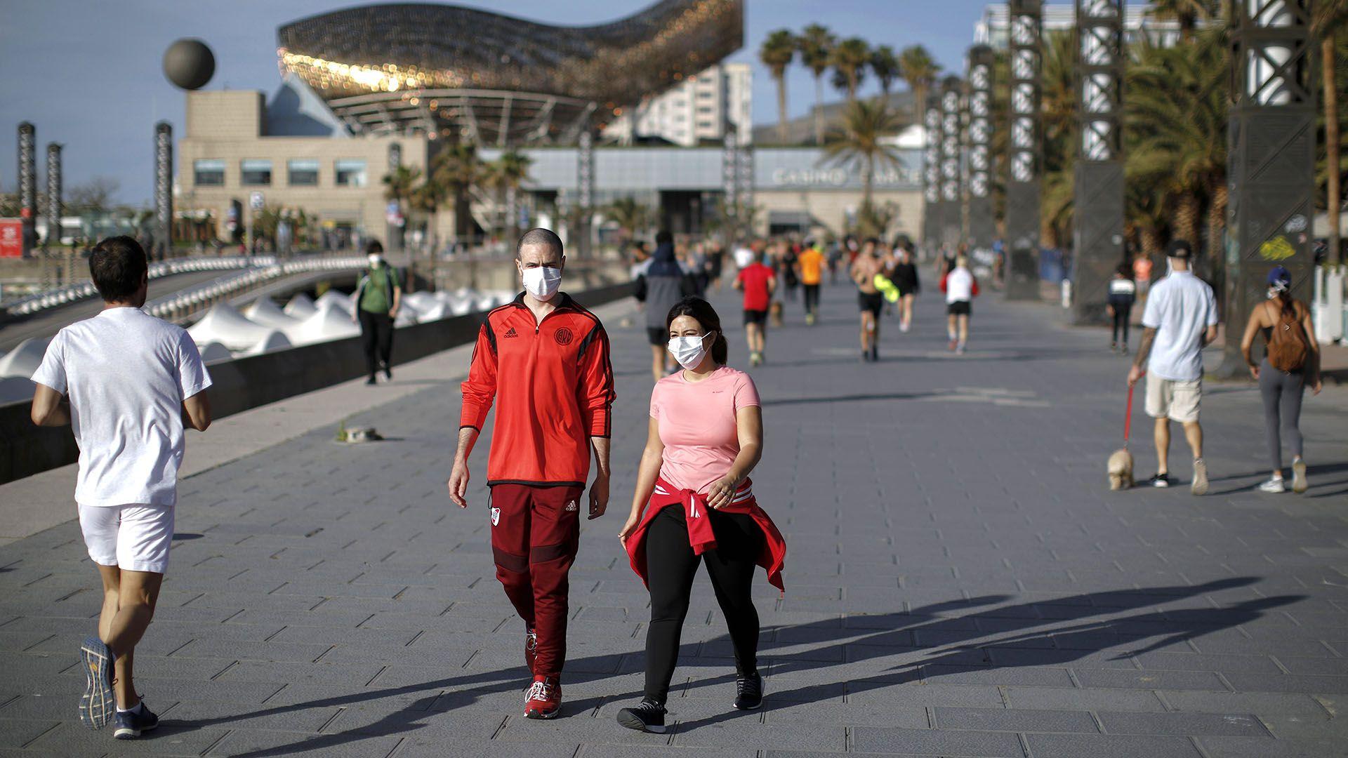 gente haciendo ejercicio españa coronavirus