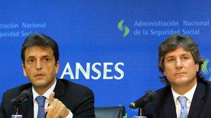 Sergio Massa y Amado Boudou, dos ex directores de la Anses:: en 2008 decidieron la reestatización del sistema