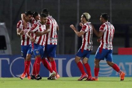Chivas de Guadalajara venció 1-0 a Necaxa con gol de Jesús Ángulo (Foto: REUTERS / Henry Romero)