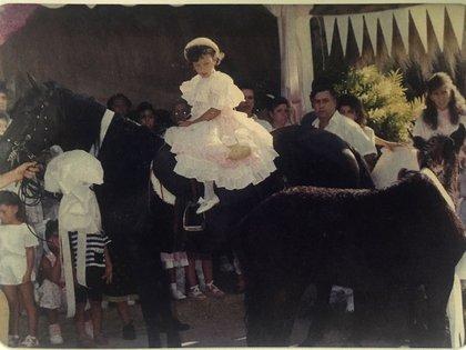 El caballo para Manuela en su cumpleaños número cinco (Victoria Eugenia Henao – Editorial Planeta)