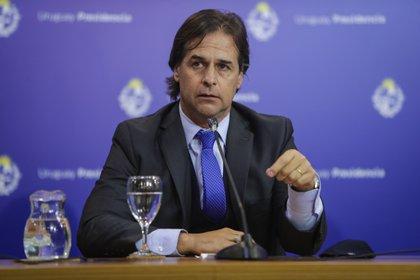 El presidente de Uruguay Luis Lacalle Pou busca controlar que no se disparen los contagios en su país. EFE/Federico Anfitti/Archivo