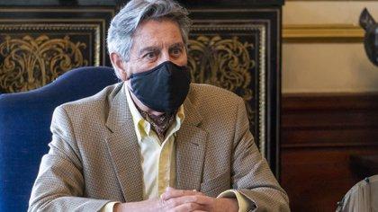 Francisco Sagasti fue propuesto como candidato a suceder a Manuel Merino como presidente interino de Perú
