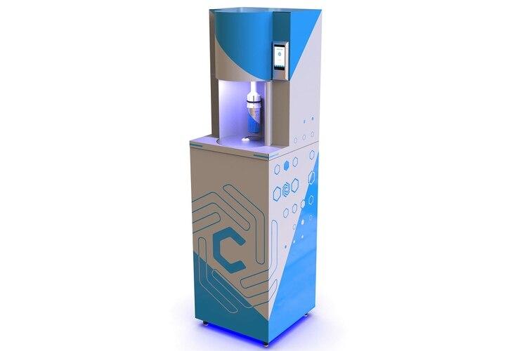"""Cinco emprendedores tuvieron la idea de fabricar un """"microondas para refrigerar refrescos"""" y ahora la hicieron realidad gracias a la combinación de inteligencia artificial y redes neuronales (@chillit_tech)"""