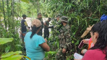 Rescatan a nueve personas atrapadas por las lluvias en Meta
