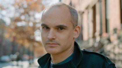 Hernán Díaz es argentino y vive en Nueva York.