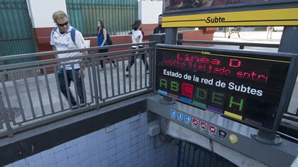 El Gobierno porteño informó que la tarifa del subterráneo de la Ciudad se incrementará dos pesos a partir de este miércoles, al pasar de los $19 actuales a $21. Foto: Brigo Carlos/Télam/cb