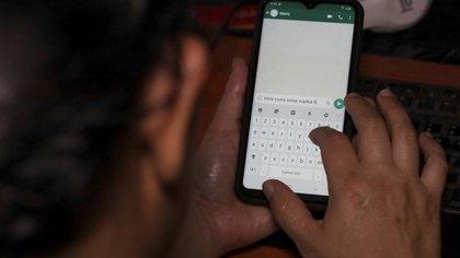 WhatsApp: cómo saber si alguien lee mis conversaciones o han abierto más sesiones