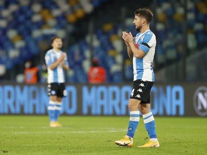 Napoli jugó con una camiseta celeste y blanca (REUTERS/Ciro De Luca)