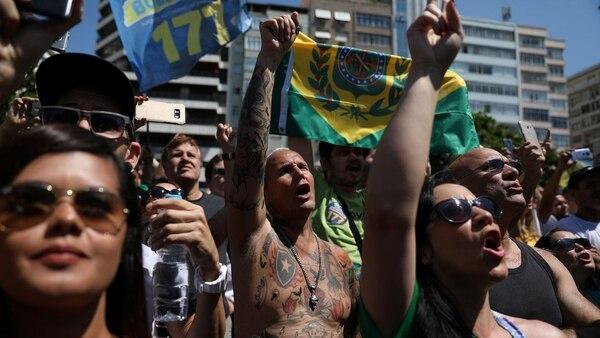 Miles de seguidores de Bolsonaro se movilizaron en Brasil (Reuters)