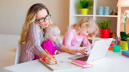 """""""En general existe poca educación e información en torno al periodo perinatal, y esto alcanza a mapadres, familias, médicos y la sociedad en general"""" (Shutterstock)"""