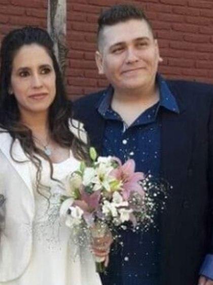Romina Sánchez y Nicolás Carabajal, en su casamiento, hace dos años