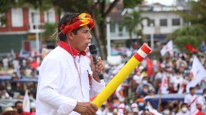 A tres semanas del ballotage en Perú, Pedro Castillo anunció a miembros de su equipo técnico, pero no presentó su plan de gobierno