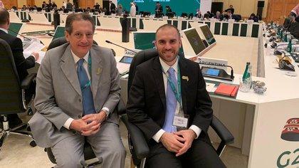 El presidente del Banco Central, Miguel Pesce, y el ministro de Economía, Martín Guzmán, se llevaron una mención a los problemas de deuda de países emergentes en el comunicado de la Cumbre del G20 de Riad