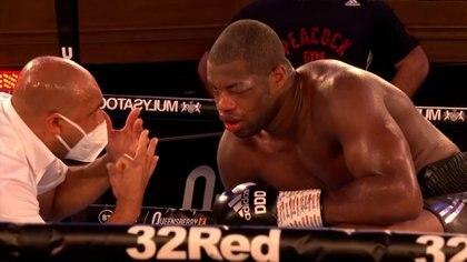 Daniel Dubois sufrió graves lesiones en el ojo izquierdo en su combate ante Joe Joyce.