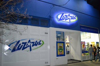 La cadena de franquicias de lácteos Luz Azul estima inaugurar locales en los próximos meses