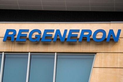 Logo de la compañía farmacéutica Regeneron (Foto: Reuters/ Brendan McDermid)