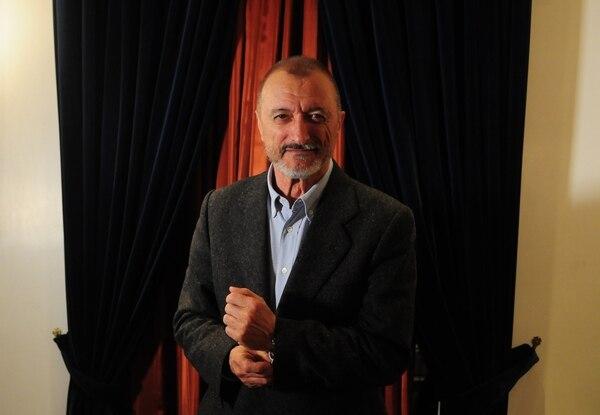 Arturo Pérez Reverte, una vida entre guerras y literatura