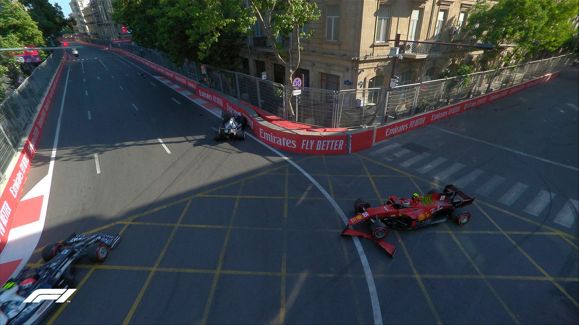 Accidentes de Yuki Tsunoda y Carlos Sainz en Azerbaiyán