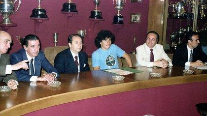 Casaus fue clave en la contratación de Maradona (fcbarcelona.com)