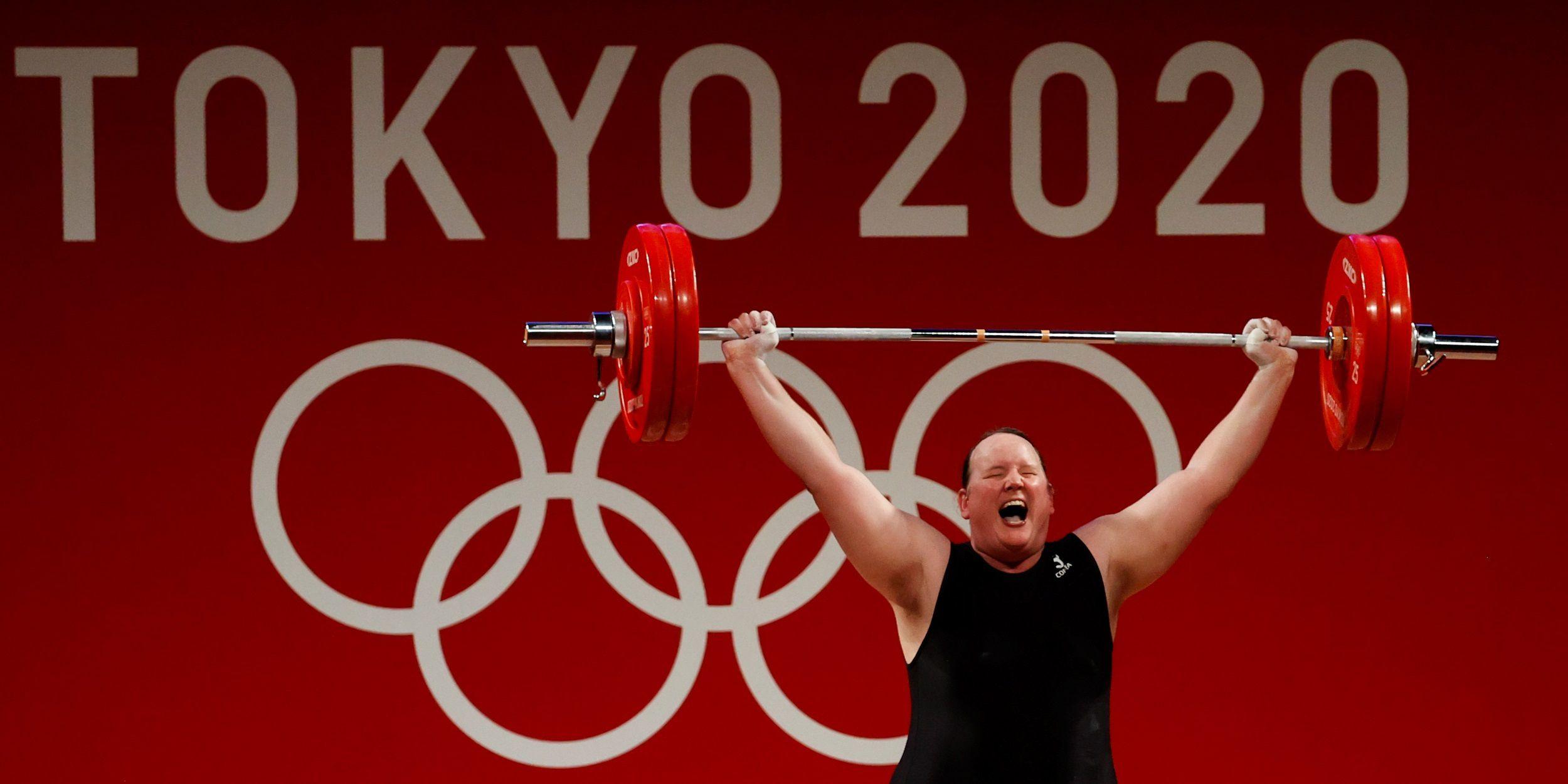 Hubbard debutó en un Juego Olímpico a los 43 años (EFE/ Miguel Gutiérrez)