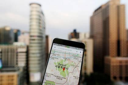 Aplicación Google Maps mostrada en un teléfono inteligente en Seú, 24 agosto 2016. REUTERS/Kim Hong-Ji/IMAGEN DE ARCHIVO