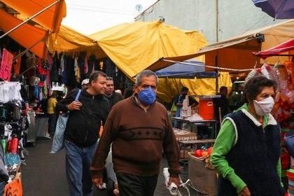 El uso de cubrebocas en la demarcación será obligatorio (Foto: Reuters/ Henry Romero)
