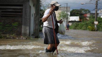 Más de 368,000 personas en cientos de comunidades se han visto afectadas por las inundaciones (Foto: Carlos Canabal Obrador/ Cuartoscuro)