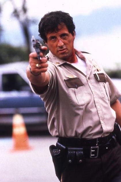 Stallone en la piel de Freddy Heflin, en el drama policíaco Cop Land (Tierra de policías), de 1997