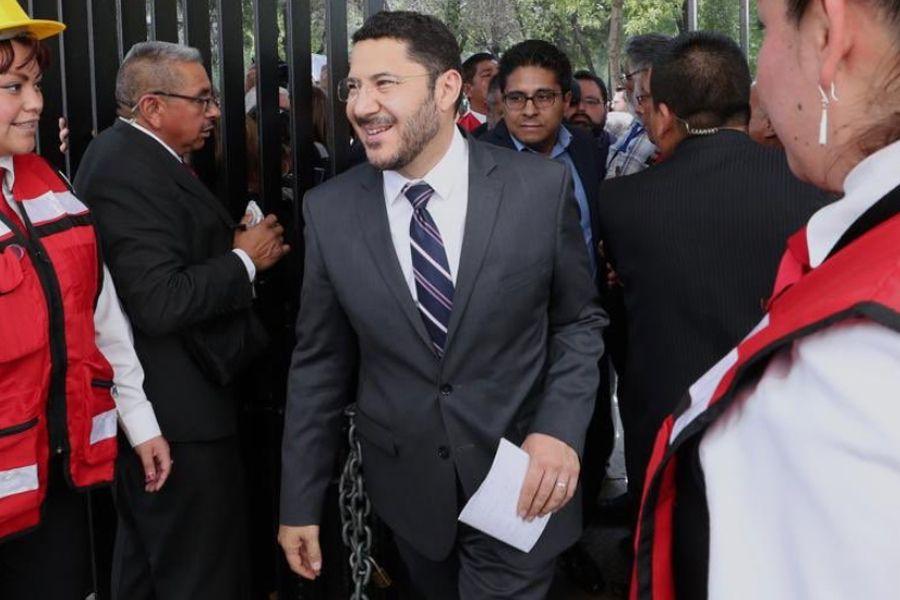 Batres negó que la iniciativa se haya turnado a las comisiones (Foto: Twitter/martibatres)