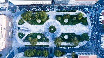 Toma aérea de la Plaza de Mayo con el dron de Infobae (Thomas Khazki)