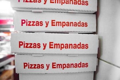 """Las cajas de pizzas y empanadas para llevar de los lugares adheridos a """"La Noche de las Pizzerías"""""""