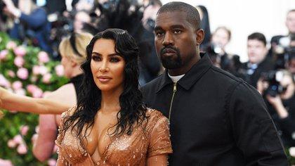 Kim Kardashian y Kanye West. (Shutterstock)