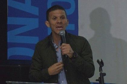 Foto de archivo- El diputado opositor venezolano Gilber Caro interviene en un foro sobre derechos humanos en Caracas, Venezuela, Junio 12, 2018. La imagen es tomada de un video. REUTERS TV/ vía REUTERS