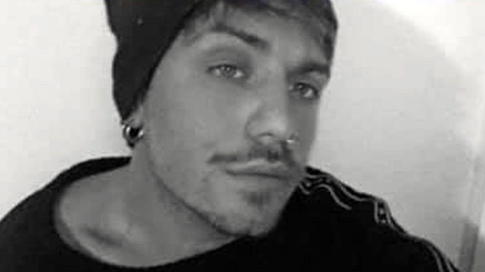 Búsqueda de Guido Orlando en country Escobar