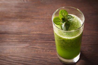 Comer liviano nos permite mantener nuestro peso y generar menos calor corporal (Getty Images)