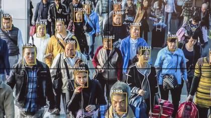 La tecnología de reconocimiento facial aplicada a personas es reciente y actualmente sólo se aplica en tres ciudades de China