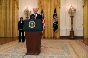"""Joe Biden confirmó la donación de más vacunas al resto del mundo y le envió un mensaje a Rusia y China: """"No las usaremos para conseguir favores"""""""