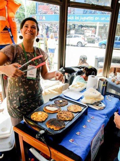 Ivanova también tiene un catering propio de comida venezolana