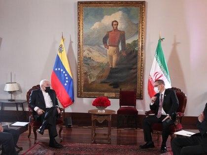 Mohammad Javad Zarif y Jorge Arreaza en Caracas, Venezuela