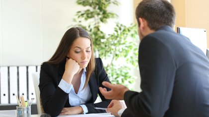 La persona debe aprender a convivir con la retroalimentación de las personas (Getty)