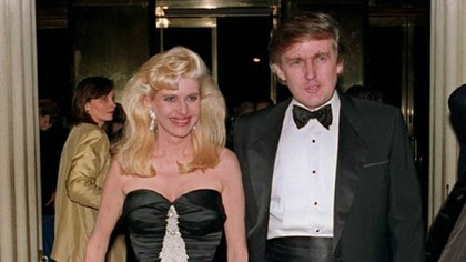 Ivana and Donald Trump were central names on the New York jet set in decades past.  Their stormy divorce made countless headlines.  (AFP)