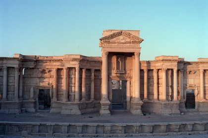 Partial view of the set arquitectónico of the temple of Bel, with altísimas columns with capitals corinthians within the ruins of Palmyra, the greco-roman city of the thousand columns. EFE/Marga Sánchez/File