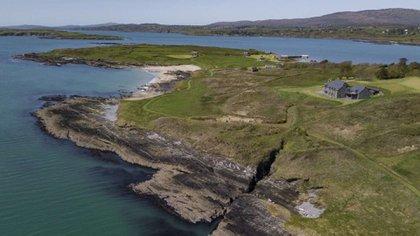 En total la propiedad posee 7 casas: una principal y seis de huéspedes  (Private Islands Inc.)