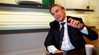 """El ex senador aseguró que el conflicto de la Policía Bonaerense tuvo como objetivo """"debilitar a Kicillof""""  (Maximiliano Luna)"""