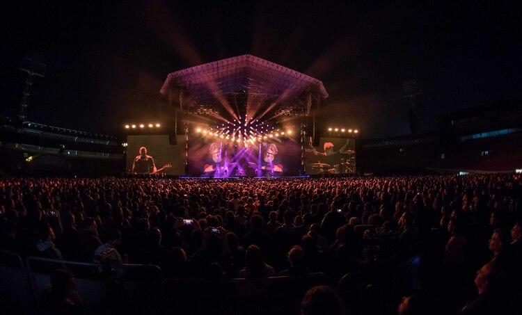 La gira de Gracias Totales comenzó en Bogotá ante más de 30 mil personas