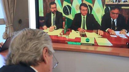 Alberto Fernández y Jair Bolsonaro en su primer diálogo bilateral