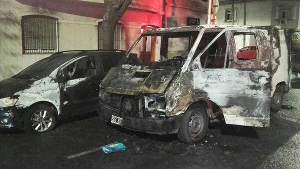 Incendio del auto del diputado nacional Axel Kicillof.