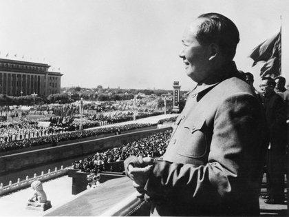 Mao Zedong en el 14° aniversario de la República Popular, en 1963