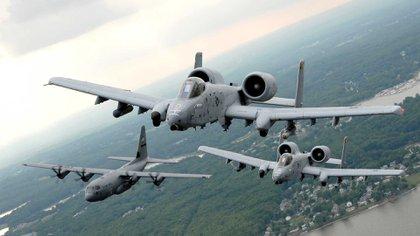 Los EEUU podrían llevar a cabo una serie de ataques aéreos para destruir la estructura de la dictadura chavista