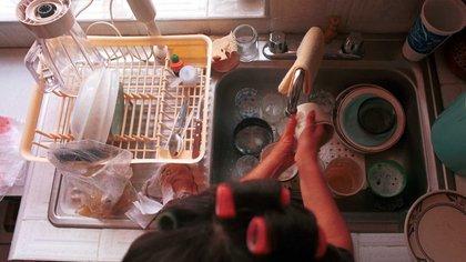 Trabajo doméstico representa el 25% del PIB nacional y en pandemia se agudiza la desigualdad en casa